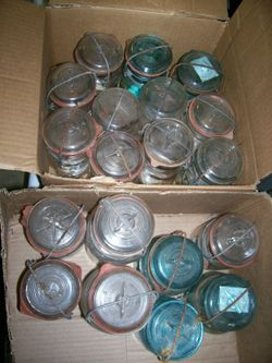 Old_jars_in_boxes
