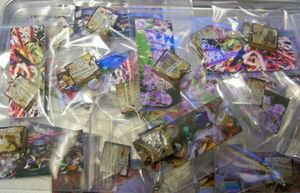 Tray_of_charms_to_trade