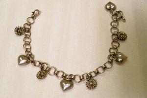 Future_valentine_charm_bracelet