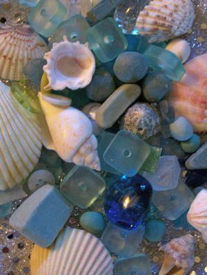 Beads_and_seashells