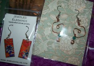 Earrings_from_jeweled_elegance