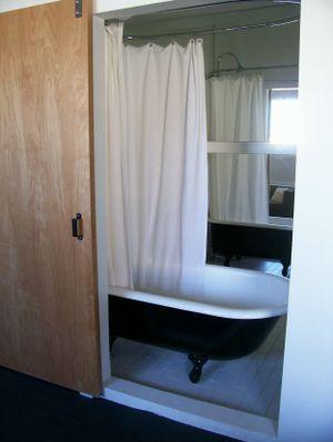 Ace_bathroom