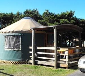 Yurt_and_deck