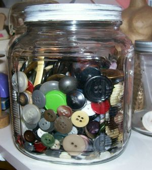 Button_jar